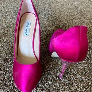 Steve Madden Size 9 Magenta Heels